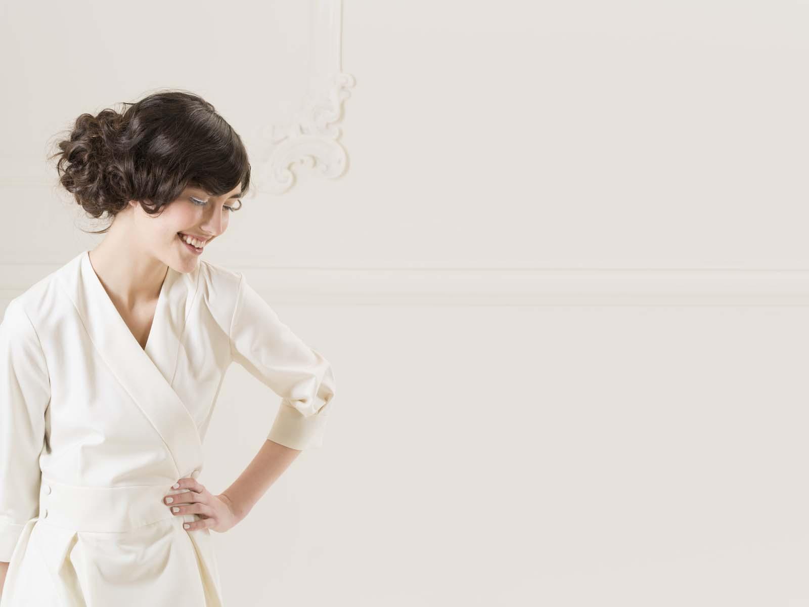 Wickelkleid Koro von meinweiß, cremeweiße Schurwolle